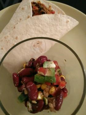 メキシカンな豆サラダ
