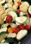 ズッキーニとじゃがいもトマトのチーズ炒め