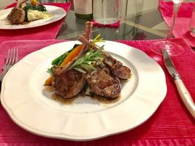 本場のラム肉のステーキ バルサミコソース
