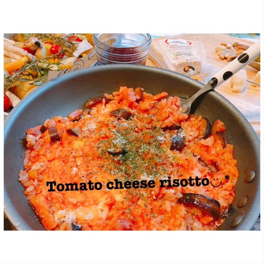 トマトジュースで絶品トマトチーズリゾット
