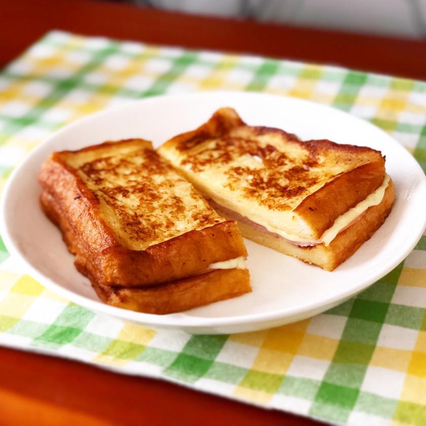 フレンチトーストでハムチーズサンド