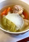 鶏肉と野菜の具だくさんスープ【夜食にも】