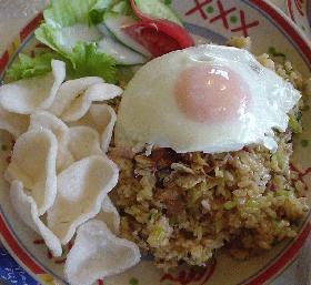はなびし草のインドネシア料理ナシゴレン
