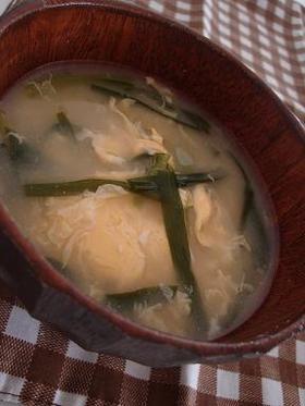 ニラ玉の味噌汁