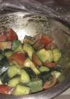 トマトアボカドきゅうりの混ぜサラダ