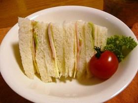 サラダ感覚♪ハムレタスサンドイッチ