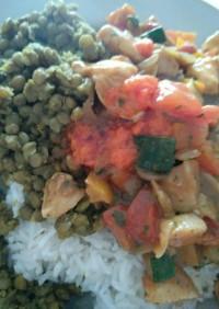 カレールーで野菜たっぷりドライカレー
