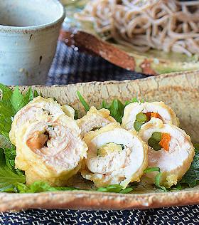 鶏ささみ巻き天ぷら-大葉と梅肉・新生姜-