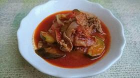 牛薄切り肉と夏野菜のトマト煮