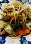 時短*鶏の唐揚げとカット野菜で野菜炒め*