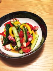 タコと夏野菜のマリネの写真