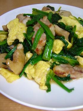 鶏肉とほうれん草と卵☆バター醤油炒め