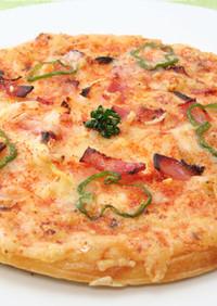 ホワイトソースのタラモピザ