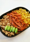 お弁当 とうもろこしと鶏そぼろの三色ご飯