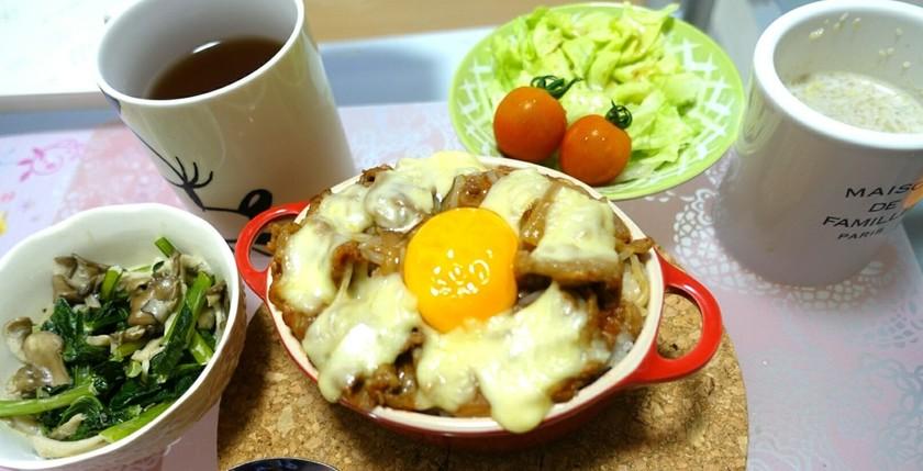 牛丼リメイク ミートドリア風