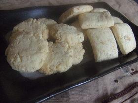 ピーナツとゴマの香ばしクッキー♪