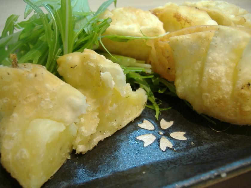 餃子の皮でサクサクポテトチーズ