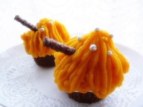 かぼちゃモンブランのカップケーキ