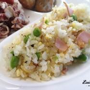 夏休みのおうちランチ★枝豆ハム卵の彩炒飯