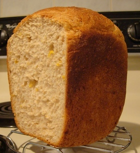 ふっくら香ばしい全粒粉入りコーンパン