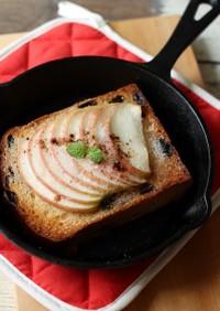 レーズン食パンでアップルトースト