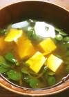 スベリヒユと豆腐のお味噌汁