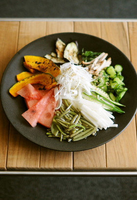 津軽の夏野菜中華そうめん