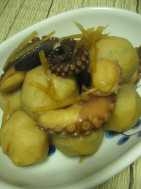 蛸と里芋のコロコロ煮物