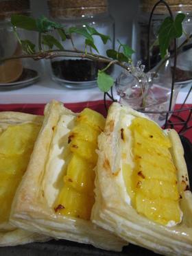 ヨーグルトとパインの簡単☆パイ