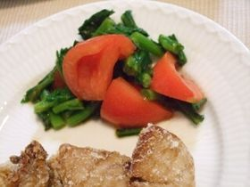 トマトと春菊のサラダ☆バルサミコ風味