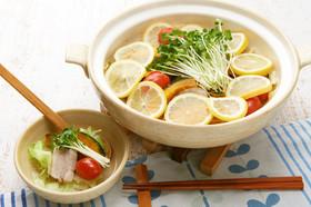 暑い夏にオススメ!豚肉のさっぱりレモン鍋