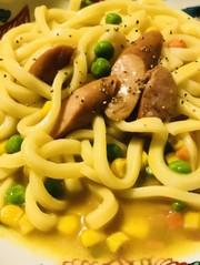 野菜mix&ソーセージのカレー焼きうどんの写真
