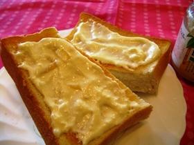 トーストに☆マーマレードwithチーズ