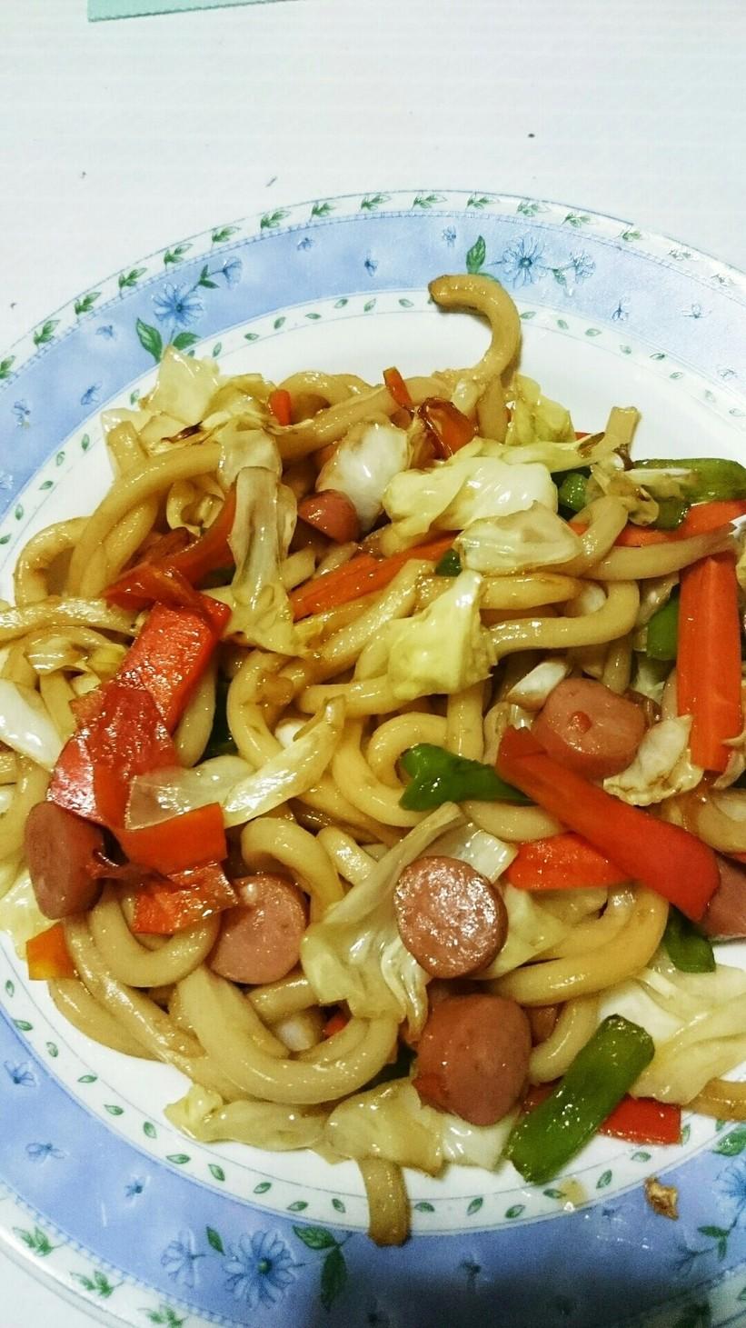 超簡単!野菜たっぷり焼きうどん