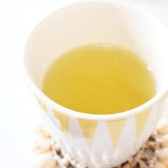 喉に優しい、はちみつ緑茶。