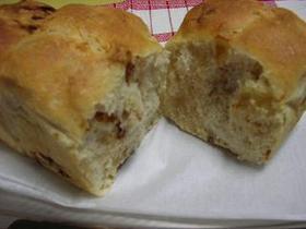 中力粉でプルーン入り食パン