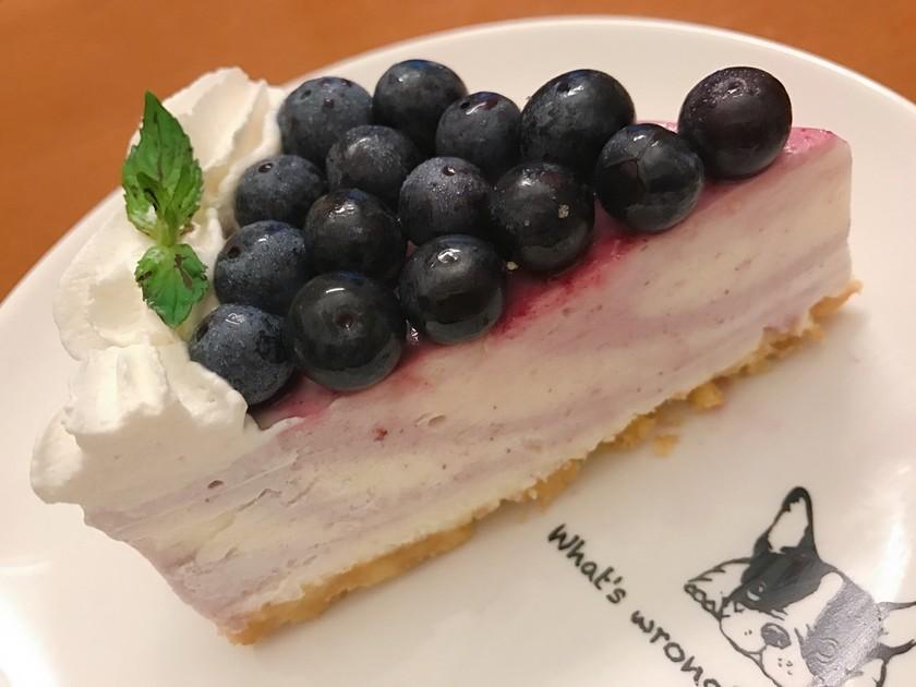 ブルーベリーマーブルレアチーズケーキ