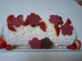 ゜*.イチゴのロールケーキ.*゜。