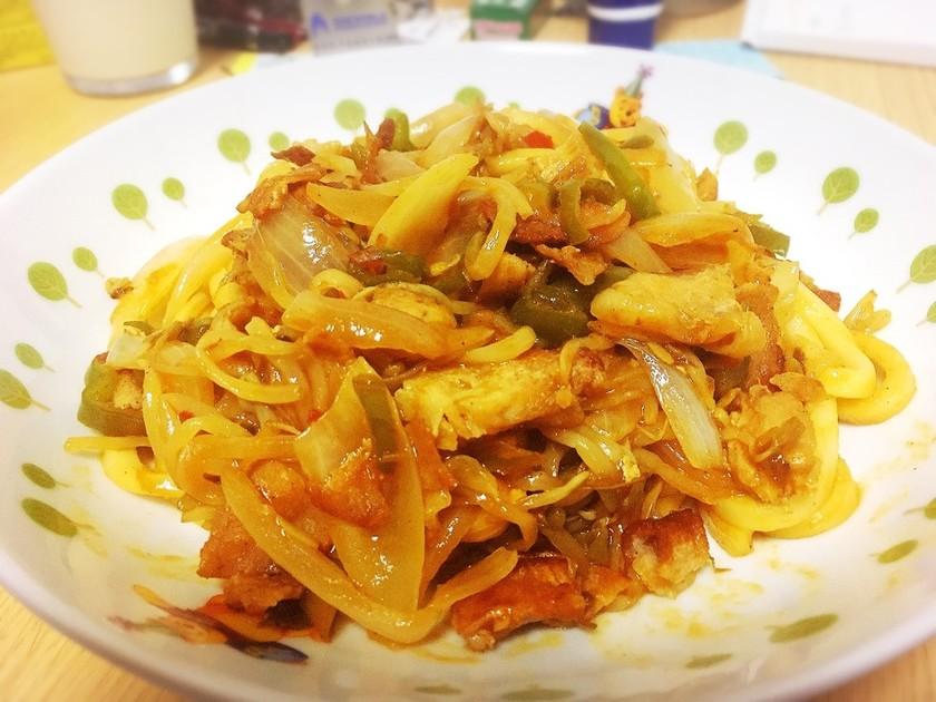 冷蔵庫一掃!野菜たっぷり韓国風焼うどん☆