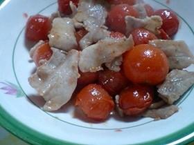 豚バラとミニトマトの炒め物