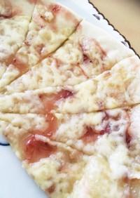 甘しょっぱ美味い*練乳いちごピザ