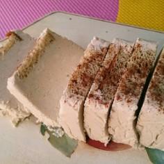 シナモン風低糖質ひんやりレアチーズケーキ