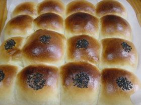 パンにゴマをキレイに付ける方法
