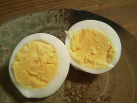 炊飯鍋でご飯と一緒に簡単丁度いいゆで卵