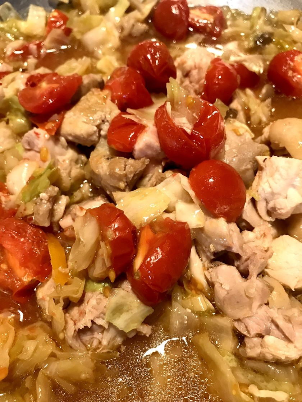 トマトとキャベツの鶏モモ煮 幼児食