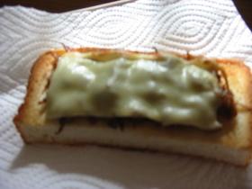 今が旬☆いかなごくぎ煮deチーズトースト