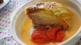 丸ごとキャベツのトマトスープ
