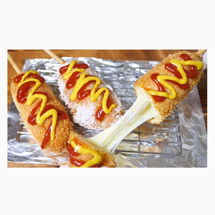 ホットケーキミックスでチーズドッグ