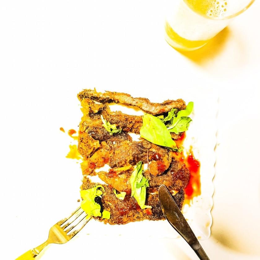 ステーキ肉で#ビフカツ〜ドミ風ソース♪