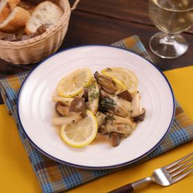 牡蠣とエリンギのレモンガリバタソテー